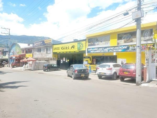 Vista lateral derecha del Tecnicentro Nuevo Horizonte
