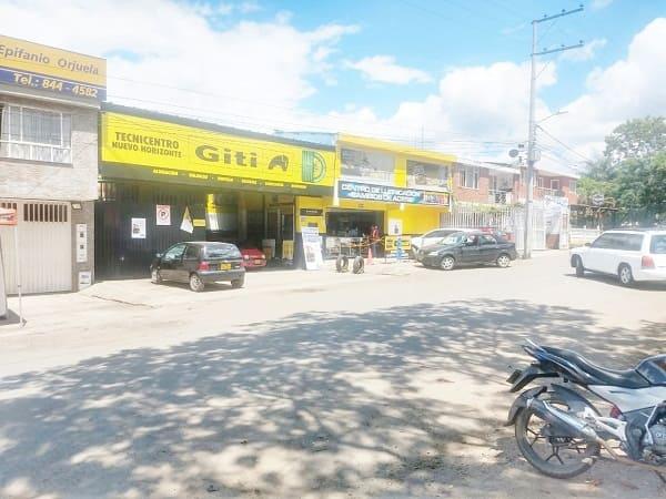 Vista lateral izquierda del Tecnicentro Nuevo Horizonte